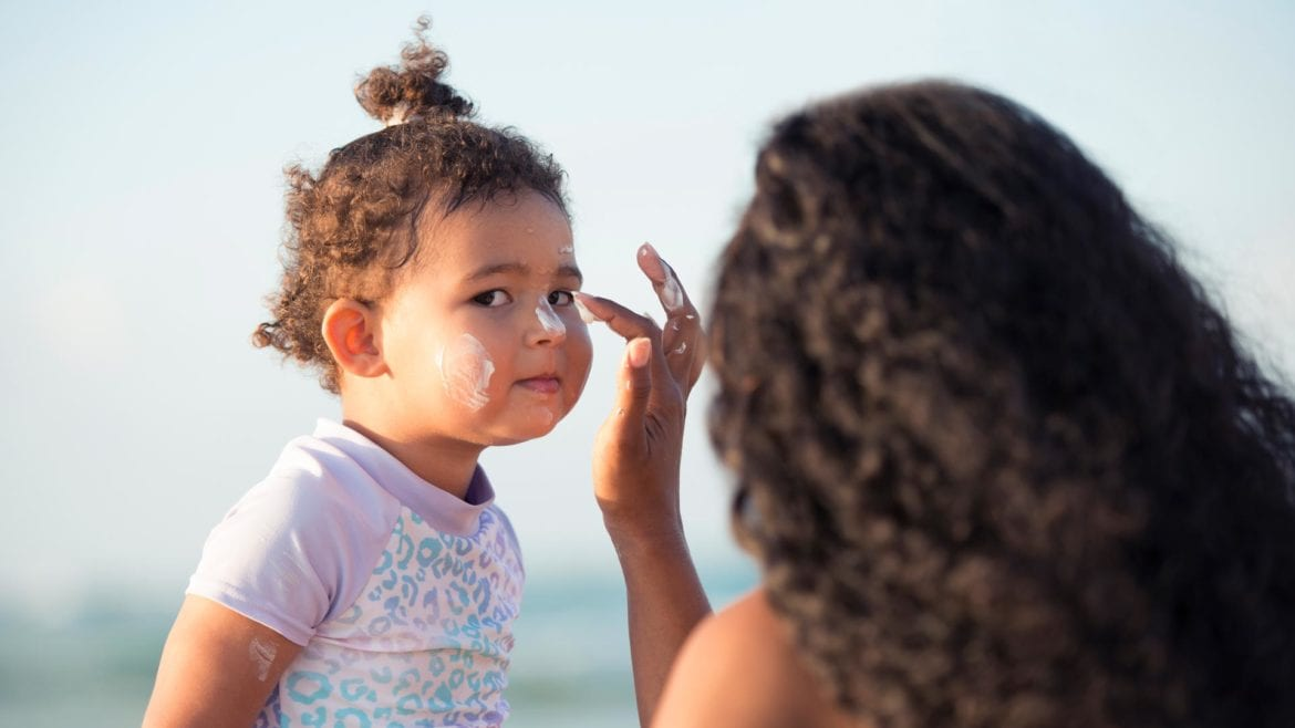 dangers of sunscreen chemicals