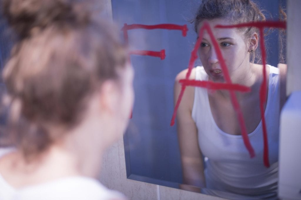 7 Signs Your Teen Has an Eating Disorder