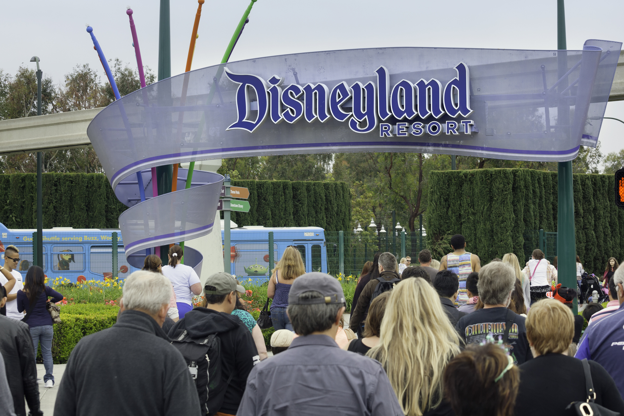 Contagious Measles Patient Visits Disneyland & Other Southern CA Locations Exposing Others