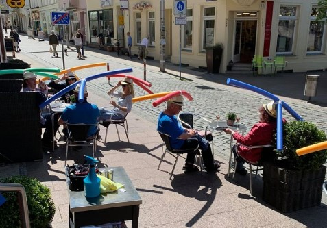 German Cafe Enforces Social Distancing With Pool Noodles Post-Lockdown