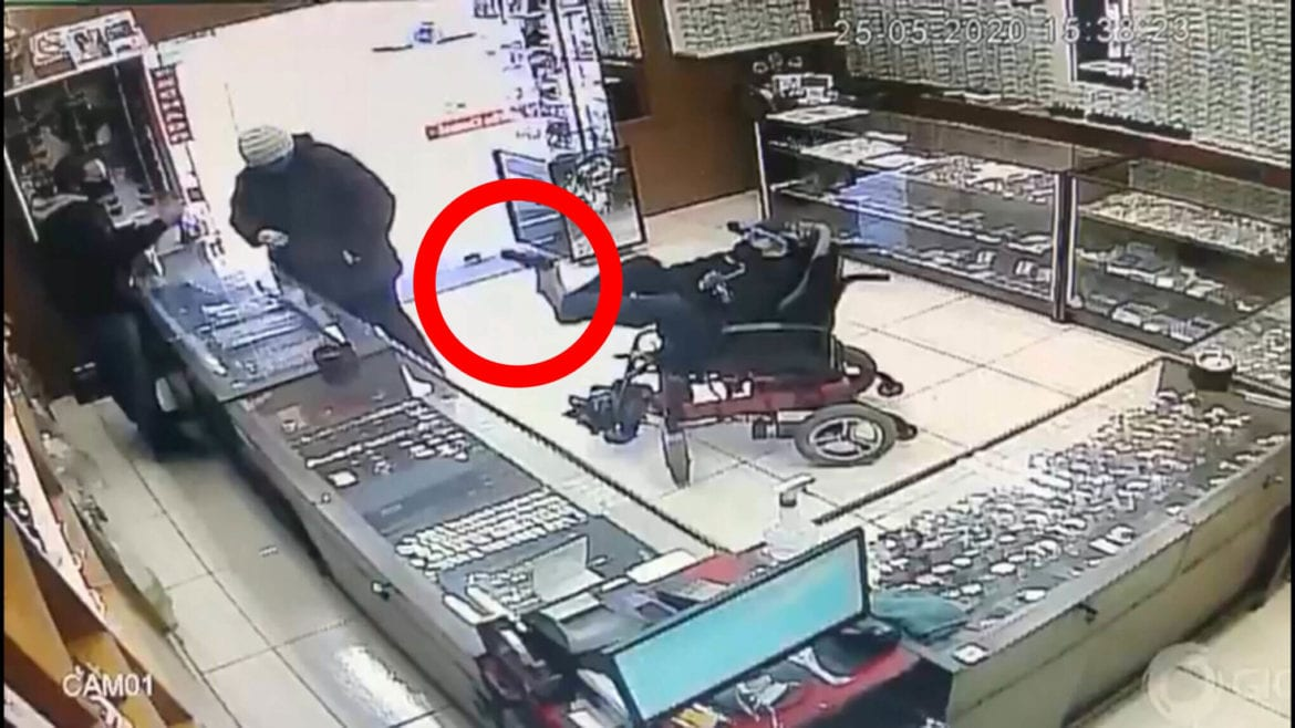 Paralyzed Teen Holds Jewelry Store at Gunpoint